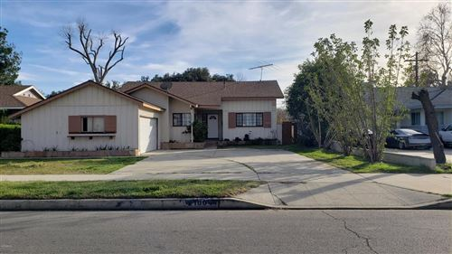 Photo of 21804 STRATHERN Street, Canoga Park, CA 91304 (MLS # 220003409)