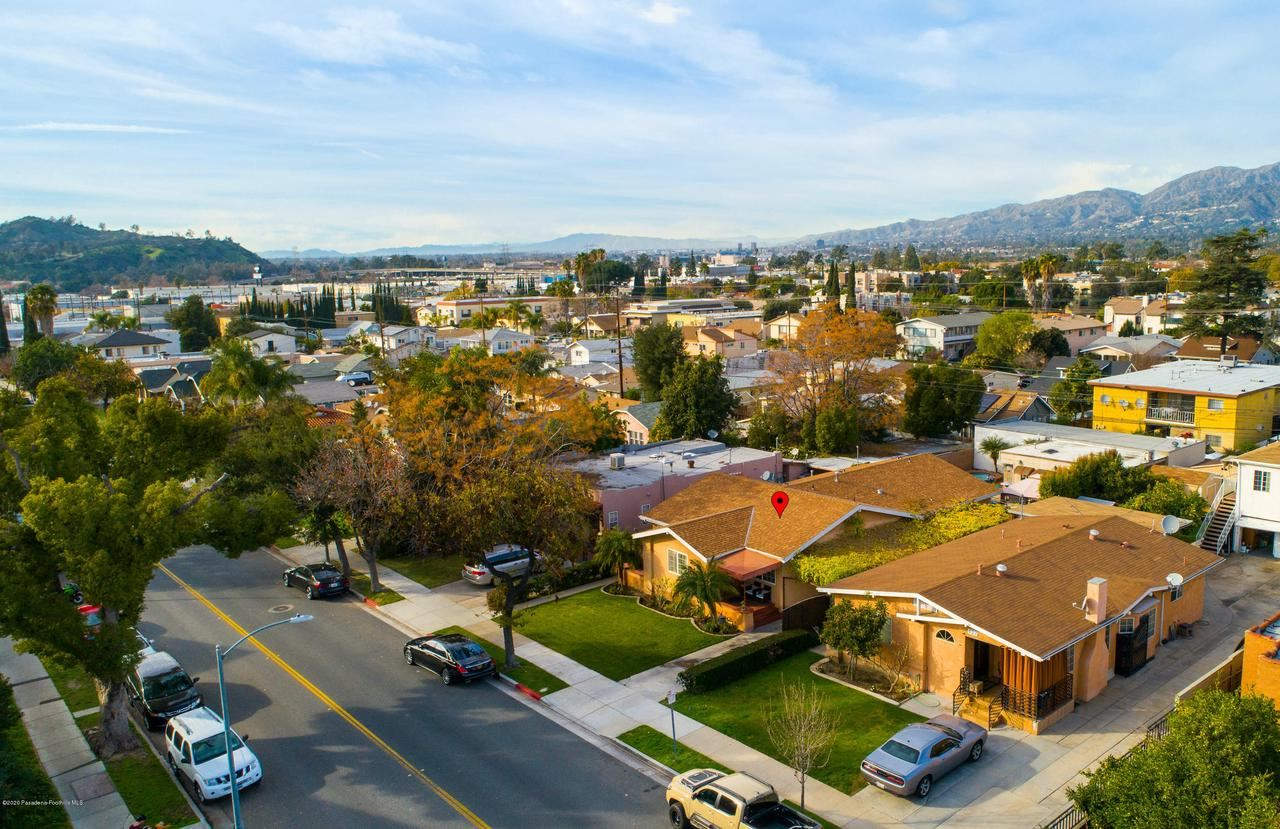 Photo of 629 West WILSON Avenue, Glendale, CA 91203 (MLS # 820000411)