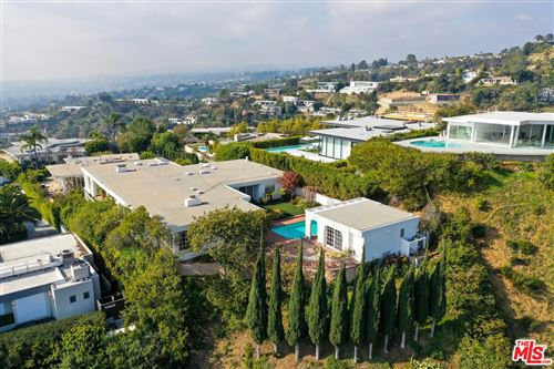 Photo of 1518 BLUE JAY Way, Los Angeles , CA 90069 (MLS # 20546412)