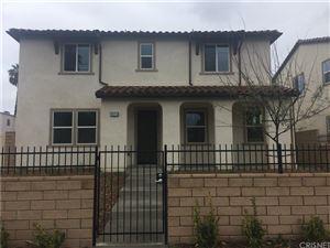 Photo of 19211 SATICOY Street, RESEDA RANCH, CA 91335 (MLS # SR18061414)