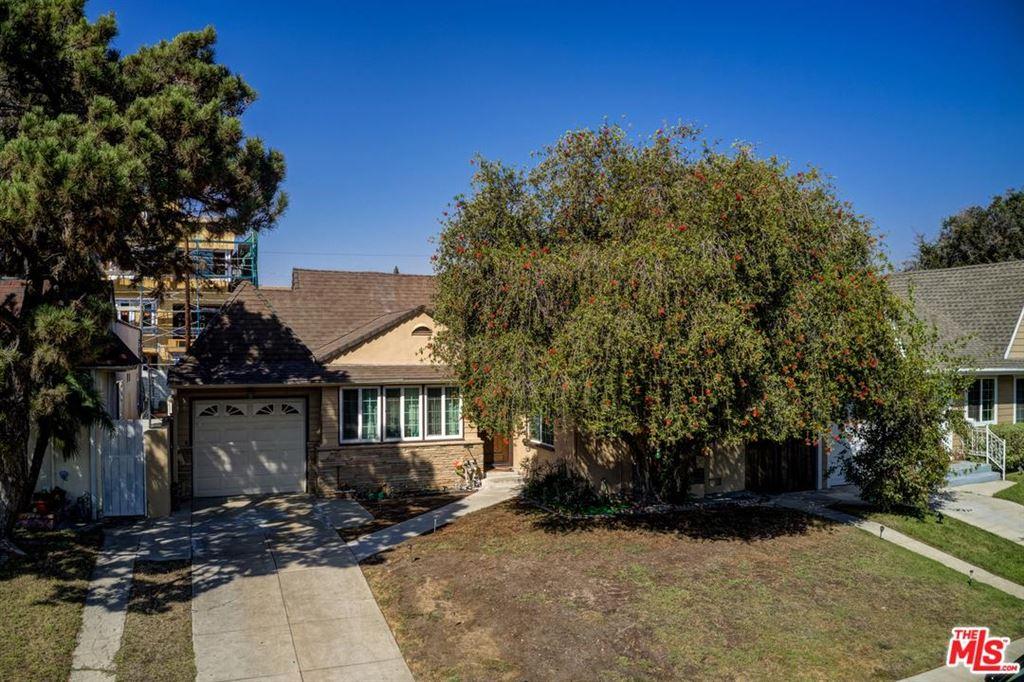 Photo of 10801 SARAH Street, North Hollywood, CA 91602 (MLS # 19519414)