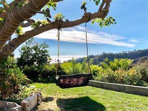 Photo of 961 ENCHANTED Way, Pacific Palisades, CA 90272 (MLS # SR17255415)
