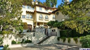 Photo of 56 North ARROYO Boulevard, Pasadena, CA 91105 (MLS # 818002417)