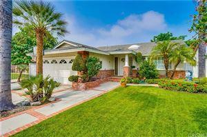Photo of 5145 BLUEBELL Avenue, Valley Village, CA 91607 (MLS # SR19220417)