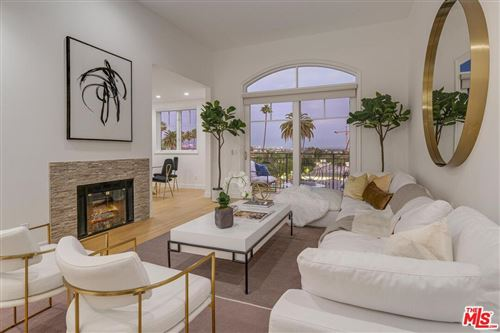Photo of 430 North OAKHURST Drive #PH404, Beverly Hills, CA 90210 (MLS # 19529422)