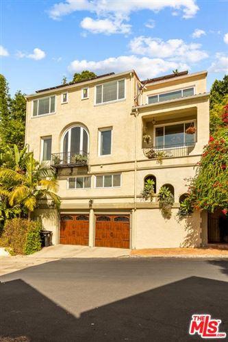 Photo of 6351 LONGVIEW Avenue, Los Angeles , CA 90068 (MLS # 19521426)