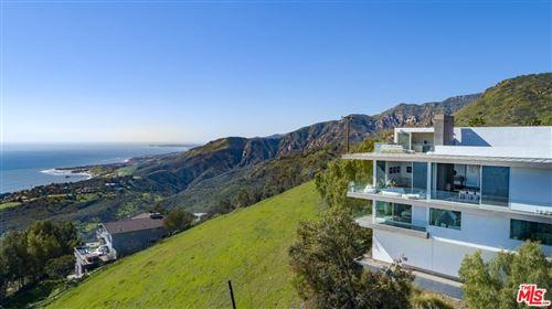 Photo of 21766 AZURELEE Drive, Malibu, CA 90265 (MLS # 19506428)