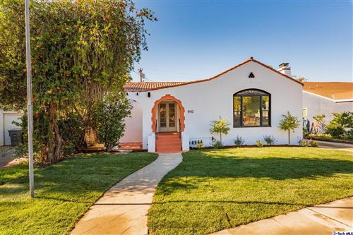 Photo of 910 PATTERSON Avenue, Glendale, CA 91202 (MLS # 319004428)