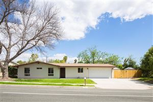 Photo of 617 East GAINSBOROUGH Road, Thousand Oaks, CA 91360 (MLS # 218004429)