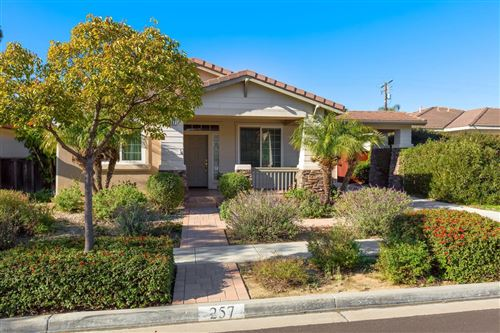 Photo of 257 FORD Avenue, Ventura, CA 93003 (MLS # 220000429)