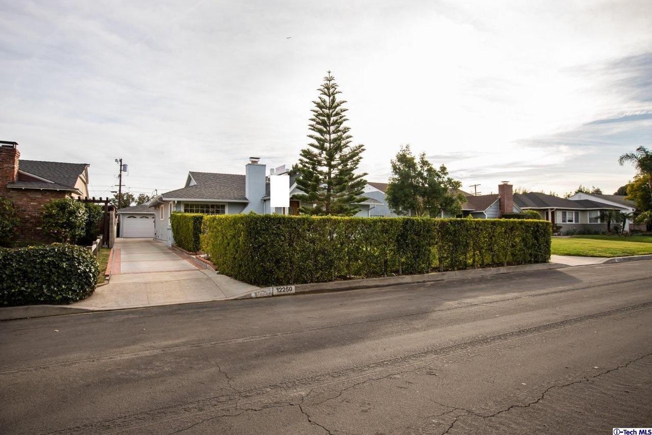 Photo of 12250 MIRANDA Street, Valley Village, CA 91607 (MLS # 320000429)