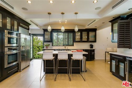 Photo of 855 North WEST KNOLL Drive, West Hollywood, CA 90069 (MLS # 19502430)