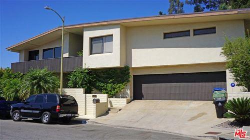 Photo of 1461 LAUREL Way, Beverly Hills, CA 90210 (MLS # 19528430)