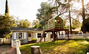 Photo of 2206 WALTONIA Drive, Montrose, CA 91020 (MLS # 818003433)