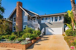 Photo of 16655 MARQUEZ Terrace, Pacific Palisades, CA 90272 (MLS # 19467434)