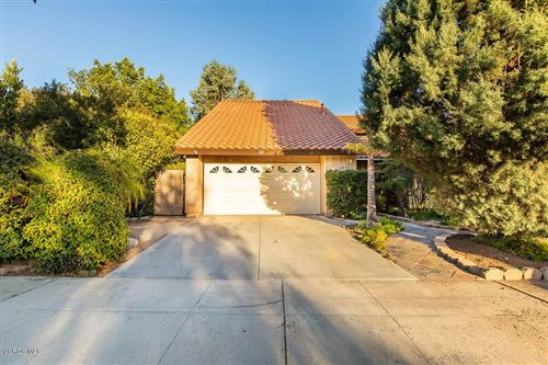 Photo of 3018 CHOCTAW Avenue, Simi Valley, CA 93063 (MLS # 219012435)