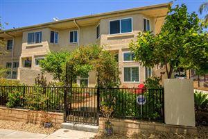 Photo of 255 North SKYLINE Drive, Thousand Oaks, CA 91362 (MLS # 218006438)