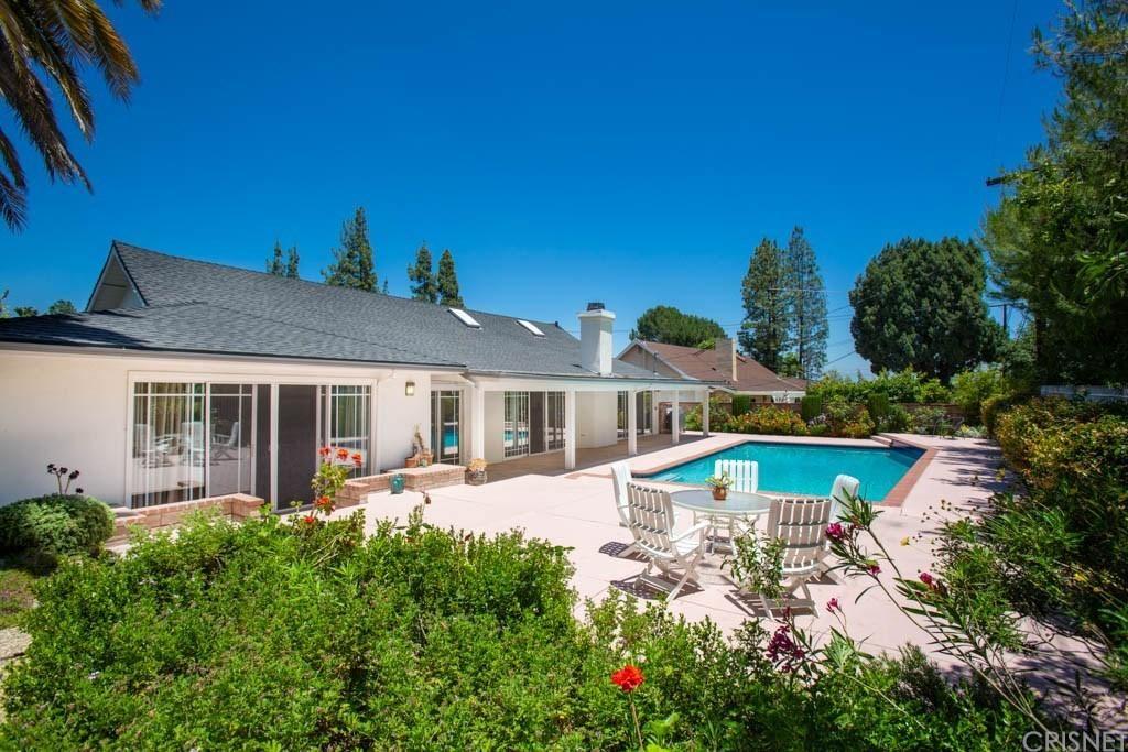 Photo for 23764 CLARENDON Street, Woodland Hills, CA 91367 (MLS # SR19191438)