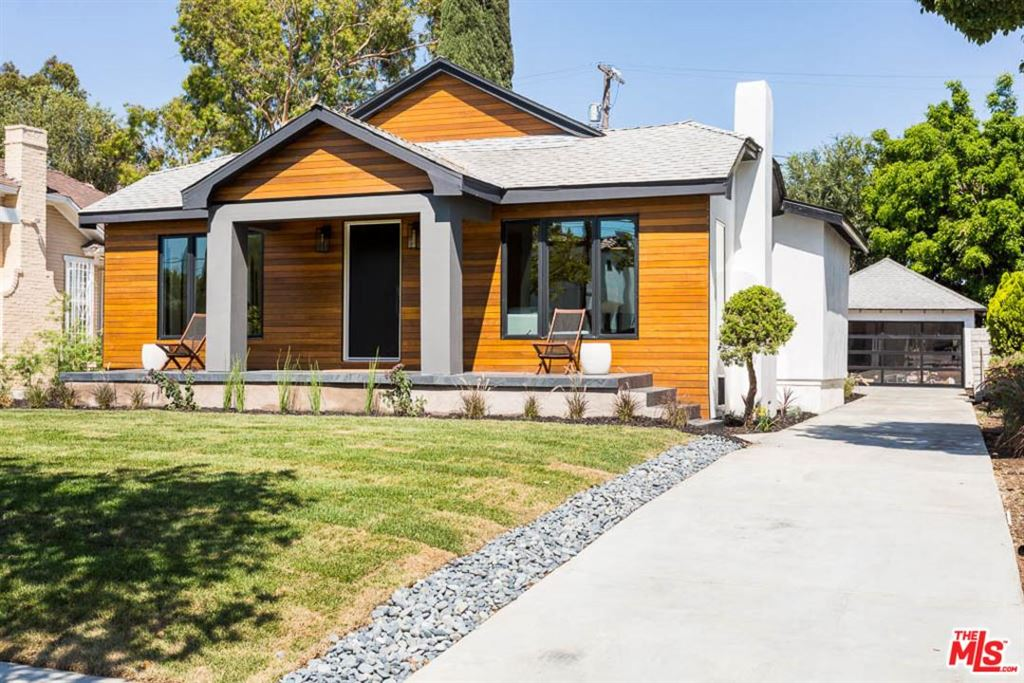 Photo for 626 North LUCERNE, Los Angeles , CA 90004 (MLS # 18405440)