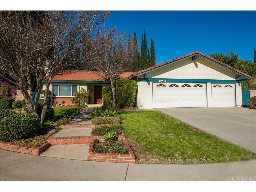 Photo for 20411 TUBA Street, Chatsworth, CA 91311 (MLS # SR18009440)