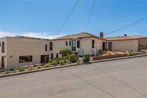 Photo of 2426 PALOMAR Avenue, Ventura, CA 93001 (MLS # 219010441)