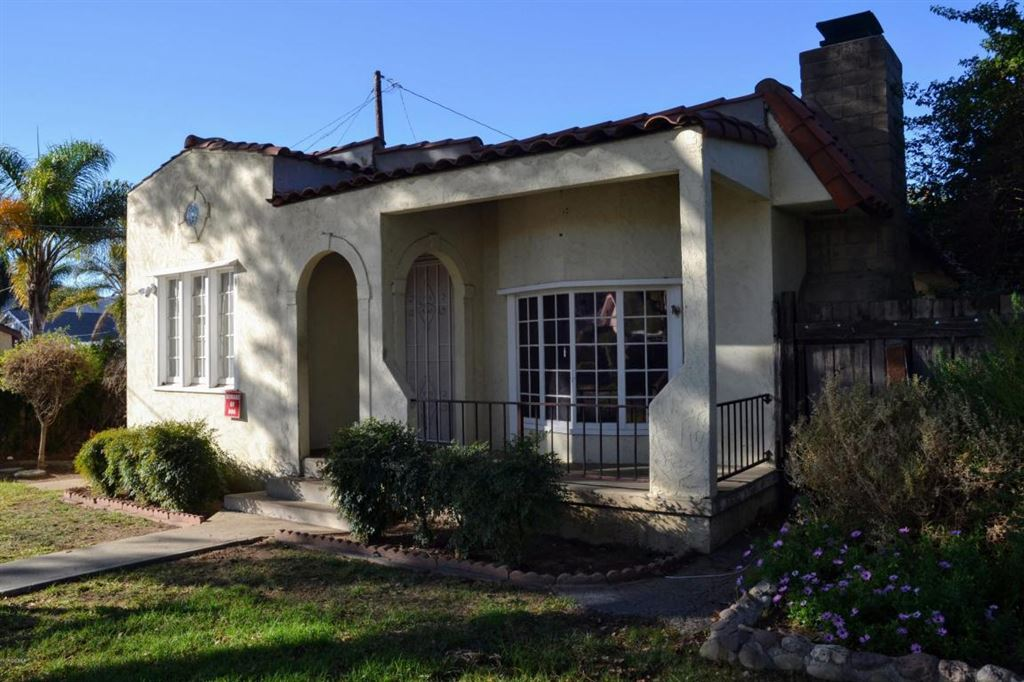 Photo for 416 North 9TH Street, Santa Paula, CA 93060 (MLS # 218000442)