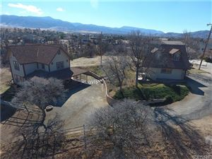 Photo of 19400 LOOKOUT Place, Tehachapi, CA 93561 (MLS # SR18042444)