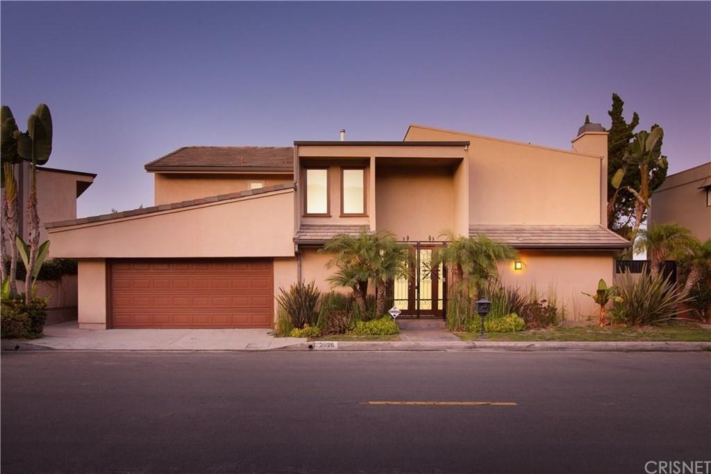 Photo of 2026 HERCULES Drive, Los Angeles , CA 90046 (MLS # SR19237445)
