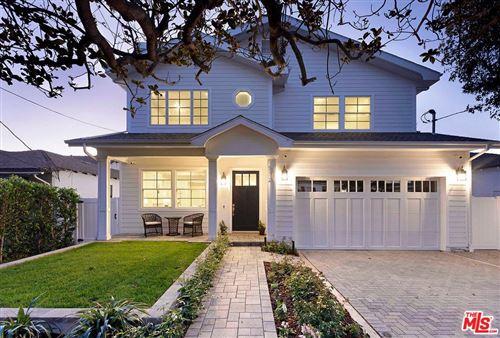 Photo of 373 North LAS CASAS Avenue, Pacific Palisades, CA 90272 (MLS # 19531446)