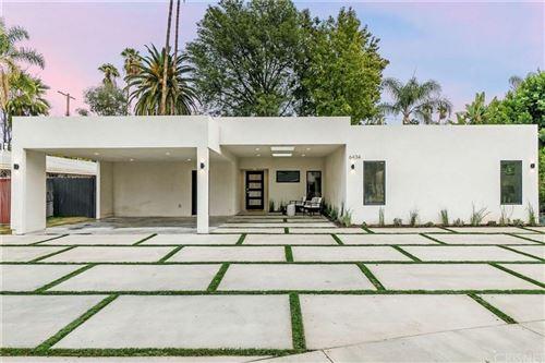 Photo of 6434 JUMILLA Avenue, Woodland Hills, CA 91367 (MLS # SR19268452)