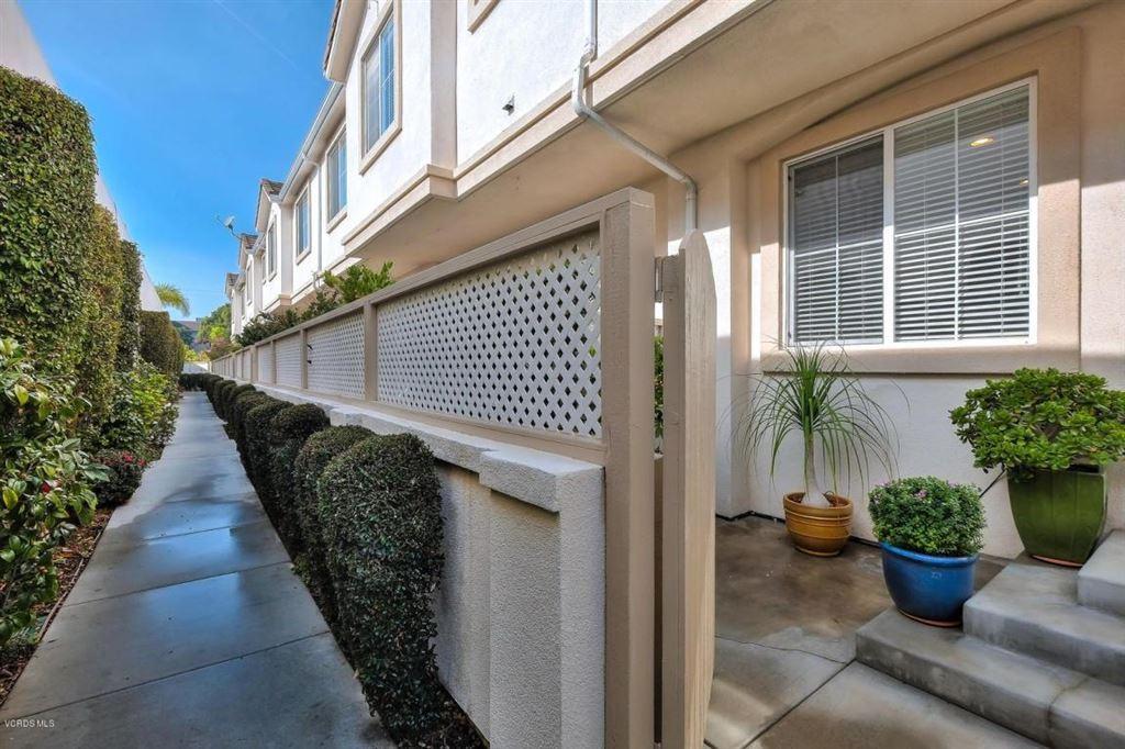 Photo for 632 MEYER Lane #E, Redondo Beach, CA 90278 (MLS # 218000452)
