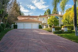 Photo of 29429 CRESTHAVEN Court, Agoura Hills, CA 91301 (MLS # 218006453)