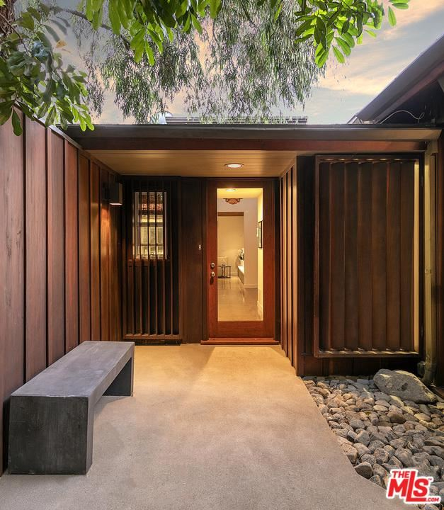 Photo for 8010 WOODROW WILSON Drive, Los Angeles , CA 90046 (MLS # 19496456)