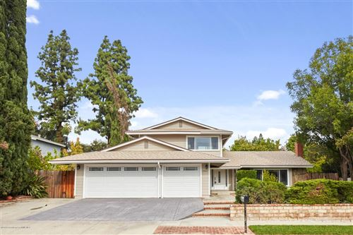 Photo of 19067 CELTIC Street, Northridge, CA 91326 (MLS # 819005460)