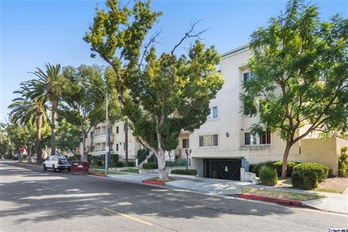 Photo of 400 West CALIFORNIA Avenue #302, Glendale, CA 91203 (MLS # 319004461)