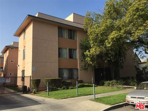 Photo of 1823 South ST ANDREWS Place, Los Angeles , CA 90019 (MLS # 20556462)