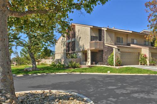 Photo of 3155 SUNBURST Place, Thousand Oaks, CA 91360 (MLS # 219012462)