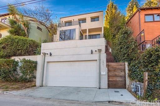 Photo of 2451 CLAREMONT Avenue, Los Feliz , CA 90027 (MLS # SR20033465)