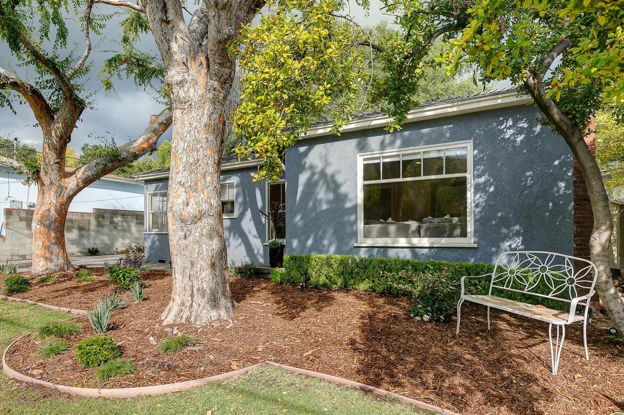Photo of 3715 MAYFIELD Avenue, Glendale, CA 91214 (MLS # 820000466)