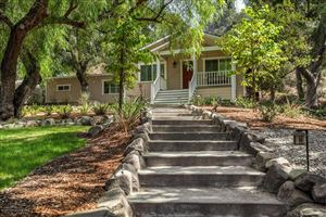 Photo of 1901 PARKDALE PLACE Place, La Canada Flintridge, CA 91011 (MLS # 818004467)
