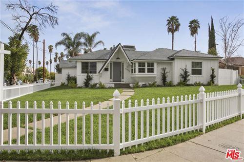 Photo of 5436 GEYSER Avenue, Tarzana, CA 91356 (MLS # 19530470)