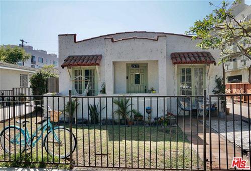 Photo of 2417 WALNUT Avenue, Venice, CA 90291 (MLS # 19531474)