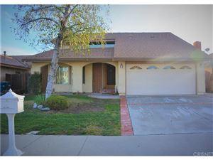Photo of 21612 GROVEPARK Drive, Saugus, CA 91350 (MLS # SR19014477)