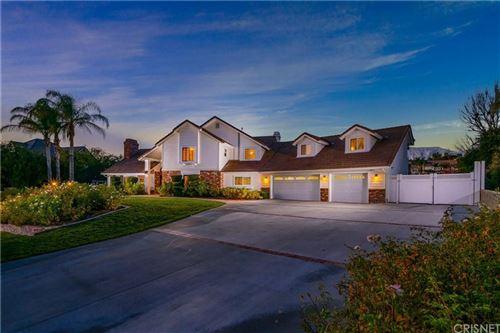 Photo of 15323 SADDLEBACK Road, Canyon Country, CA 91387 (MLS # SR19284477)