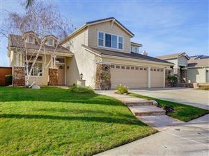Photo of 26451 PUFFIN Place, Canyon Country, CA 91387 (MLS # SR19014478)