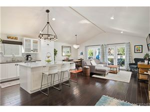 Photo of 5911 HESPERIA Avenue, Encino, CA 91316 (MLS # SR18253479)