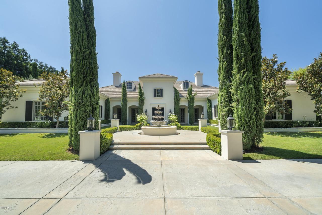 Photo of 2105 MARSHBROOK Road, Thousand Oaks, CA 91361 (MLS # 220000480)