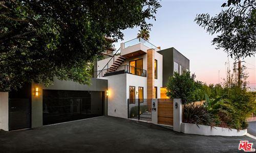 Photo of 8381 HOLLYWOOD, Los Angeles , CA 90069 (MLS # 20558482)
