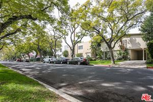 Photo of 337 North OAKHURST Drive, Beverly Hills, CA 90210 (MLS # 18321484)