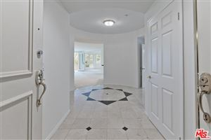 Photo of 121 North ALMONT Drive #203, Beverly Hills, CA 90211 (MLS # 18353484)